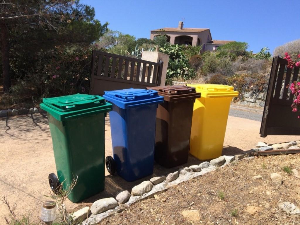 Collecte en porte à porte à Algajola